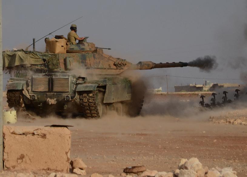 Turecki czołg w Syrii /Nazeer al-Khatib /AFP