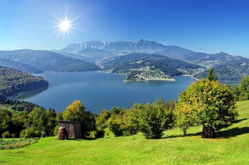 Turyści doceniają ciszę i piękne krajobrazy Rumunii /123/RF PICSEL