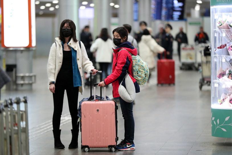 Turyści  na lotnisku Szeremietiewo, zdjęcie ilustracyjne /Mikhail Tereshchenko /Agencja FORUM