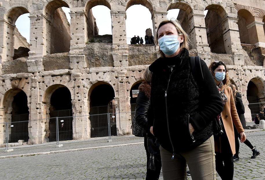 Turyści w Rzymie /ETTORE FERRARI /PAP/EPA