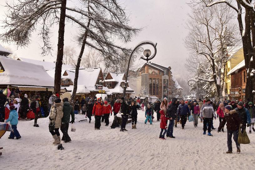 Turyści w Zakopanem, zdj. ilustracyjne /Albin Marciniak /East News