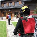 Turysta spadł z Przełęczy Krzyżne w Tatrach