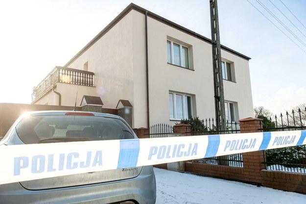 Turzany. To w tym domu wydarzyła się tragedia / Tytus Żmijewski    /PAP