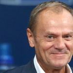Tusk chce, by tabliczka z przedstawicielstwa RP trafiła na cele charytatywne