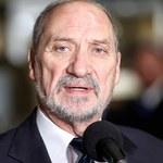 Tusk: Macierewicz ma obsesję na punkcie generałów Pytla i Noska