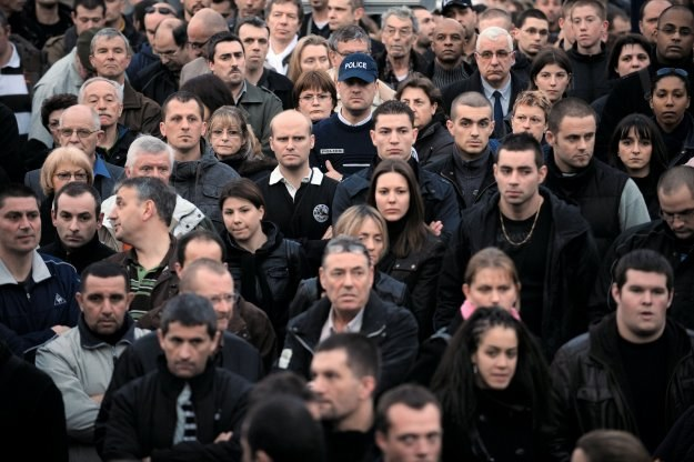 Tusk strofuje OFE. Idą zmiany? /AFP