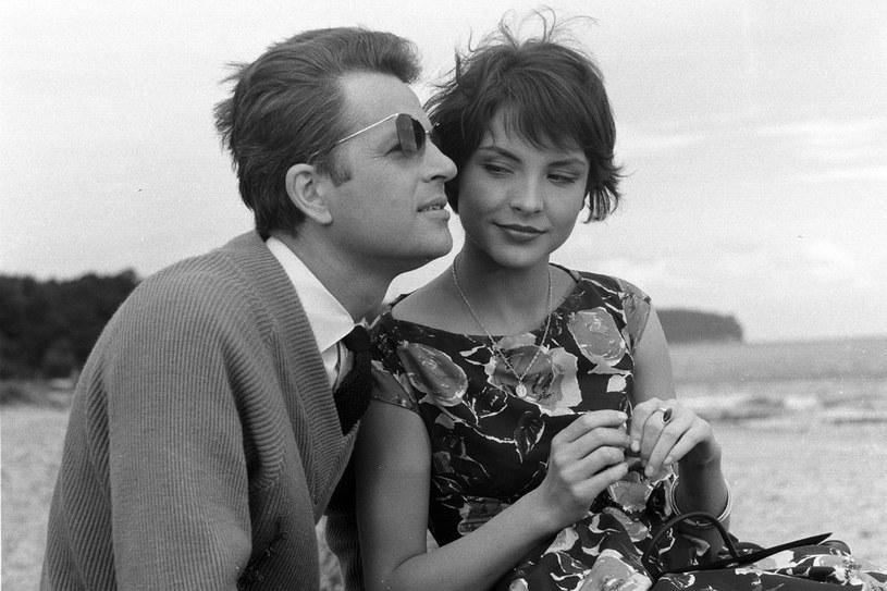 """Tuszyńska zawsze miała szczęście do znakomitych partnerów filmowych, takich jak Jan Machulski w """"Drugim człowieku"""". /East News"""