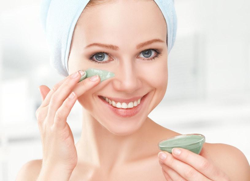 Tuż przed nadejściem zimy warto dokładnie oczyścić skórę /Picsel /123RF/PICSEL