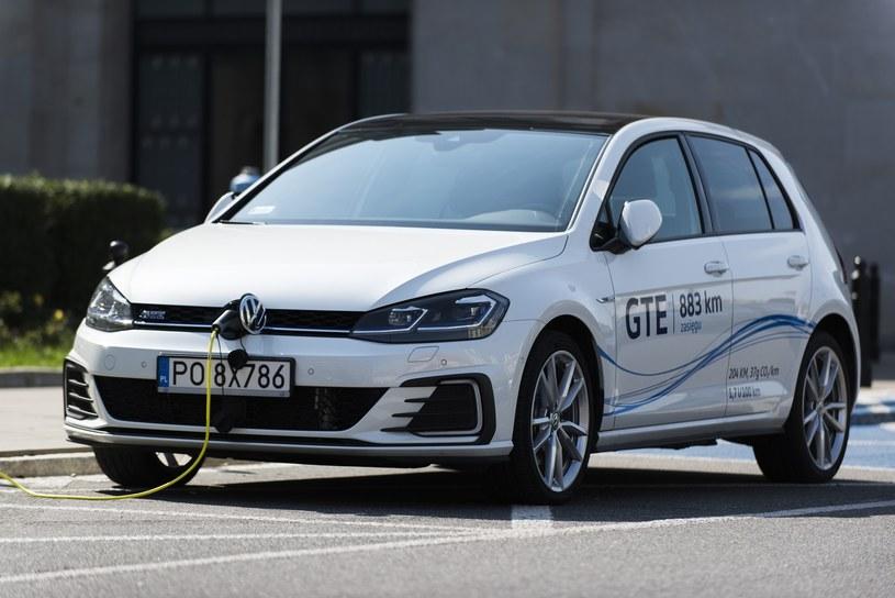 TVP będzie budować popyt na auta elektryczne, takie jak kosztujący ok. 150 tys. zł e-Golf / Fot: Jakub Wąsik /Reporter