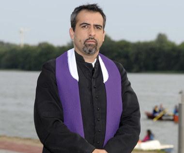 TVP przeprasza za skecz o papieżu