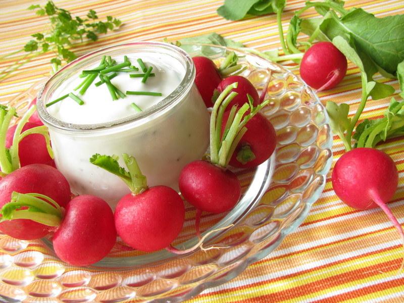 Twarożek z rzodkiewką to zdrowe, wiosenne śniadanie  /© Panthermedia