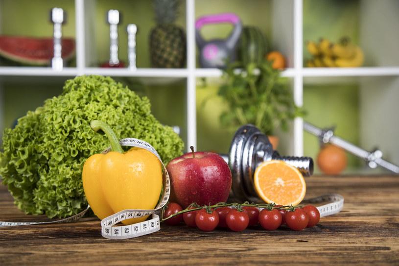 Twoim sprzymierzeńcem w walce z głodem będą owoce i warzywa /123RF/PICSEL