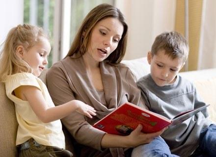 Twoje dziecko może codziennie z tym samym zainteresowaniem słuchać tej samej opowieści...