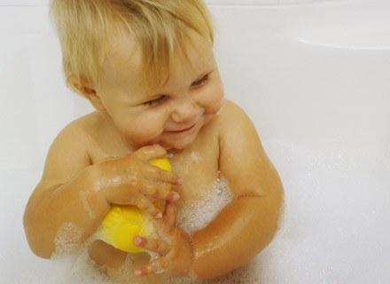 Twoje dziecko rozwija się przez cały czas. /ThetaXstock