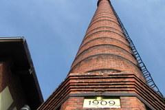 Twoje Miasto: Nowe - Krzyżacki zamek i fontanna w kształcie otwieracza do butelek
