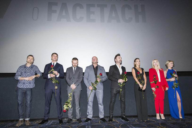 """Twórcy i aktorzy w Krakowie na premierze filmu """"7 rzeczy, których nie wiecie o facetach"""" /AKPA"""