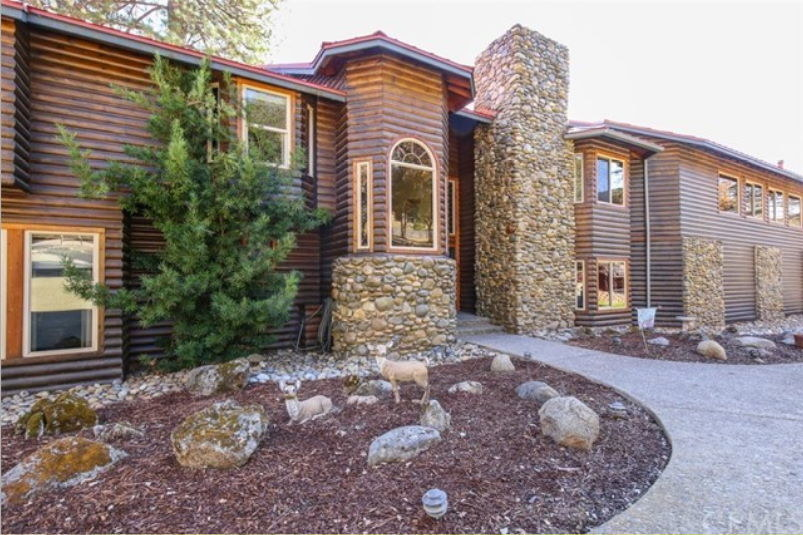 Twórcy legendarnej firmy Sierra Online wystawili swój dom na sprzedaż / https://www.realliving.com/ /materiały źródłowe
