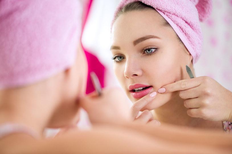 Ty też możesz mieć gładką skórę bez wyprysków. Zastosuj się tylko do naszych wskazówek /123RF/PICSEL