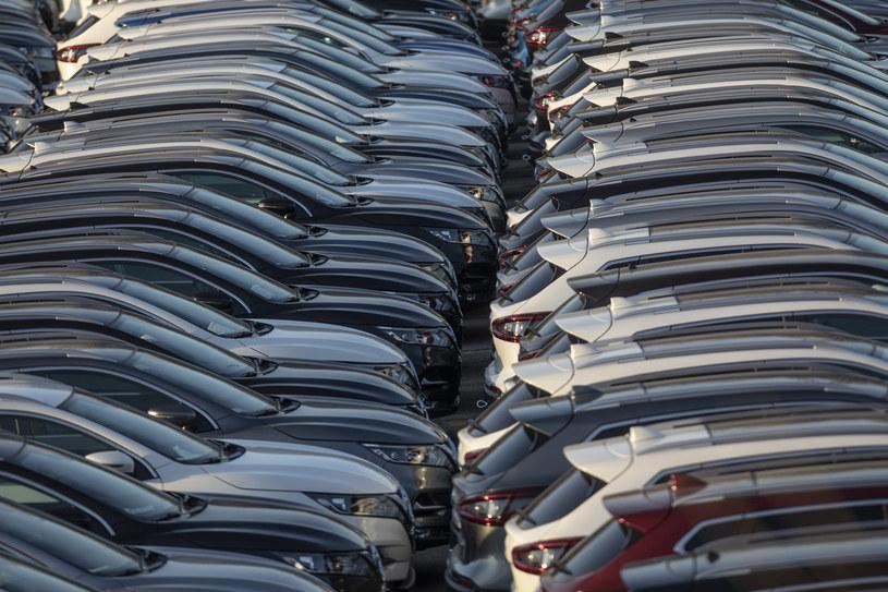 Tylko 1 na 4 samochody wyjeżdżające z salonu kupuje osoba prywatna / fot. Krzysztof Mystkowski/KFP /Reporter