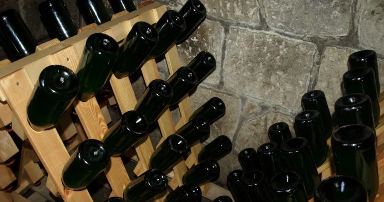 """Tylko 700 butelek rocznie. Oto polski """"szampan"""""""