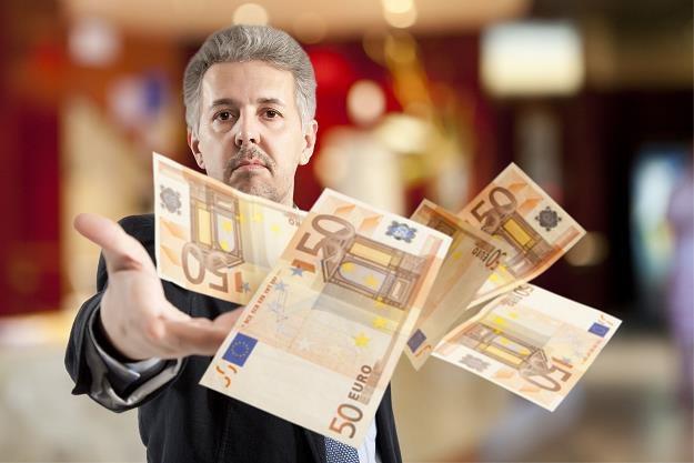 Tylko co setne euro z unijnych dotacji trafia do mikrofirm /©123RF/PICSEL