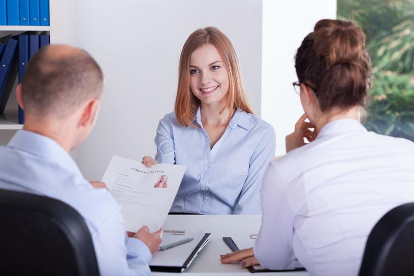 Tylko dobrze napisane CV zapewni nam zaproszenie na rozmowę kwalifikacyjną /123RF/PICSEL
