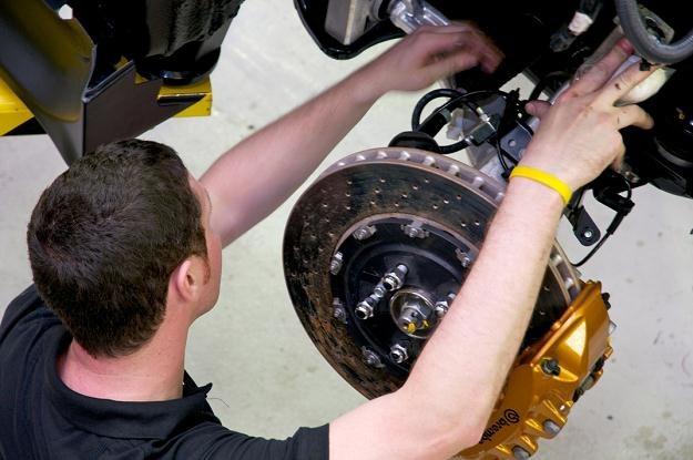 Tylko mechanik może wiarygodnie ocenić stan hamulców /