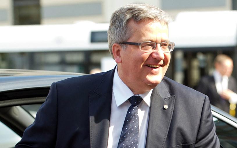 Tylko nieliczni z głosujących na Bronisława Komorowskiego w II turze wyborów prezydenckich są rozczarowani obecną prezydenturą. /AFP