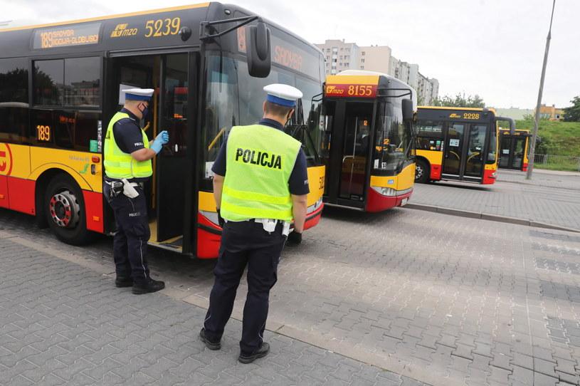 Tylko policja ma prawo do kontrolowania trzeźwości / Tomasz Gzell    /PAP
