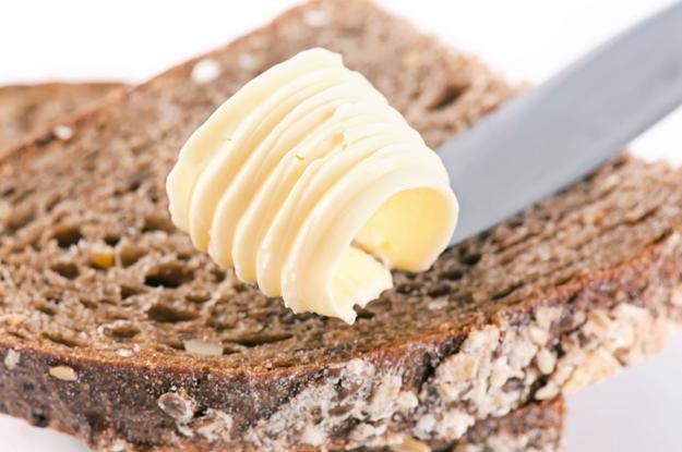 Tylko produkt spełniający określone kryteria można nazwać masłem /©123RF/PICSEL
