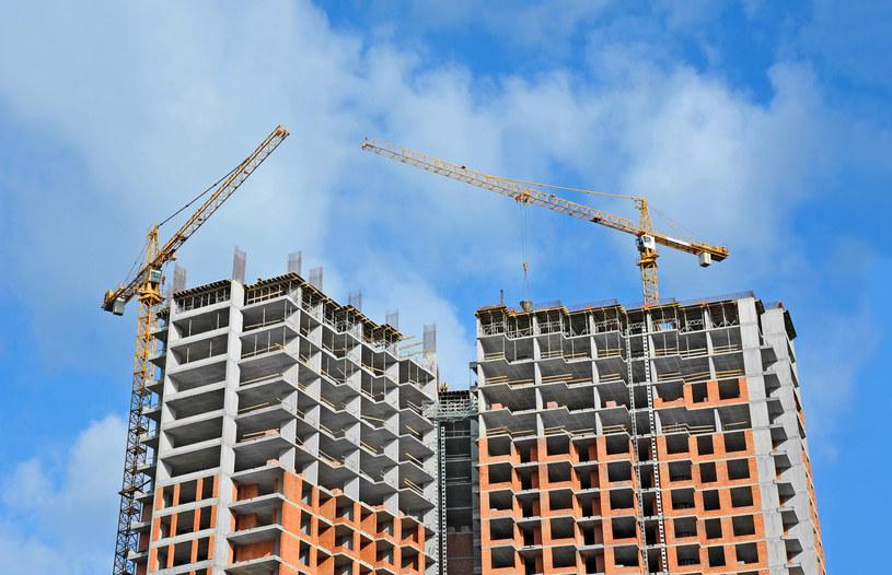 Tylko w czterech unijnych krajach ceny mieszkań rosną szybciej niż w Polsce /123RF/PICSEL