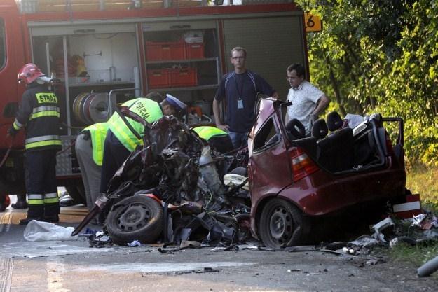 Tylko w tym jednym wypadku zginęło 5 osób /PAP