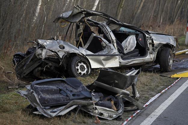 Tylko w tym jednym wypadku zginęło pięć osób /PAP