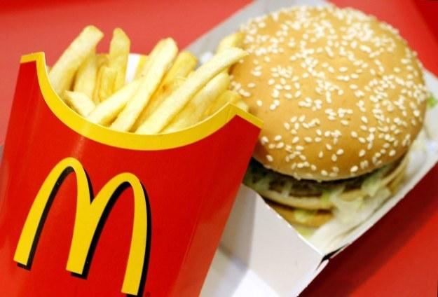 Tym razem cyberprzestępcy postanowili zapolować na amatorów Big Maca /AFP
