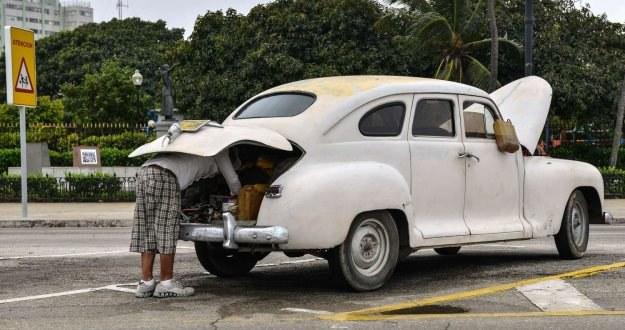 Typowy obrazek na ulicach Hawany... /AFP