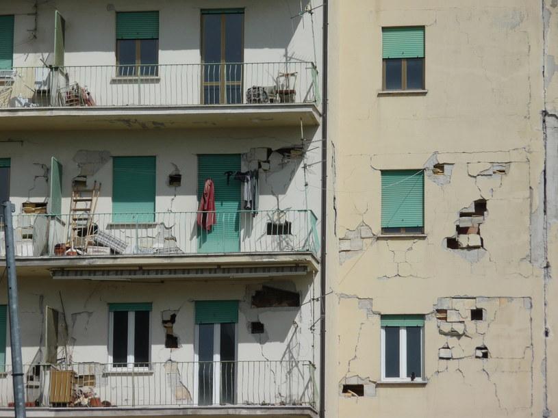 Tysiące budynków uległo zniszczeniu w wyniku kataklizmu /Polsat Doku /Polsat Doku