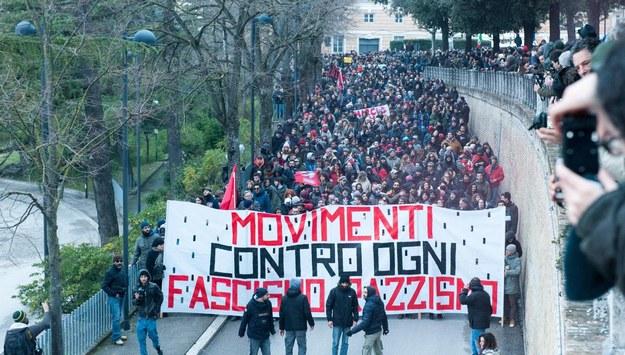 Tysiące osób wzięły udział w manifestacji /FABIO FALCION /PAP/EPA