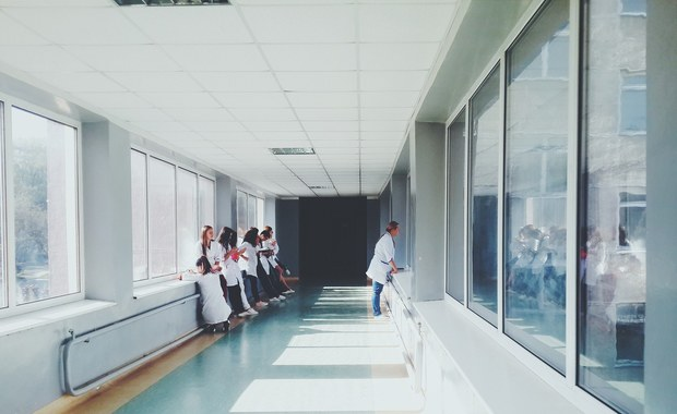 Tysiące pielęgniarek bez pracy. To jeden z powodów planowanego strajku