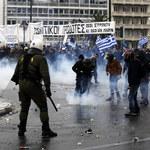 Tysiące protestują w Atenach. Doszło do starć z policją