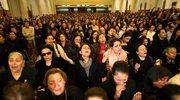 Tysiące wiernych żegnają zwierzchnika Kościoła koptyjskiego