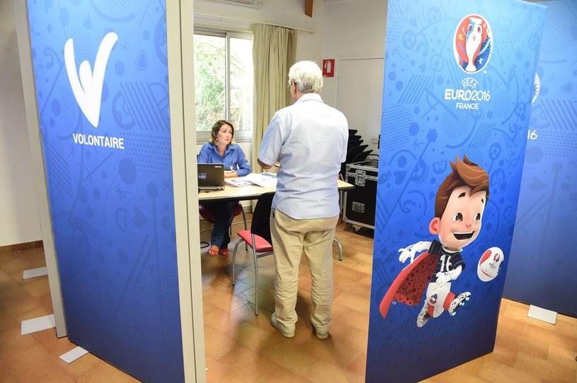 Tysiące wolontariuszy pracowało podczas Euro 2016 we Francji /AFP