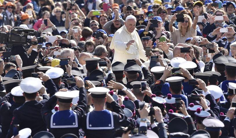 Tysiące żołnierzy i policjantów ze świata na papieskiej audiencji /EPA/GIORGIO ONORATI /PAP/EPA