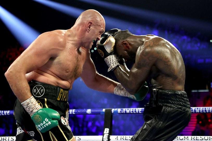 Tyson Fury w pojedynku z Deontayem Wilderem /AFP