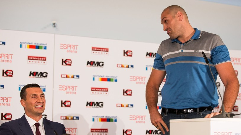 Tyson Fury (z prawej) i Władymir Kliczko /AFP
