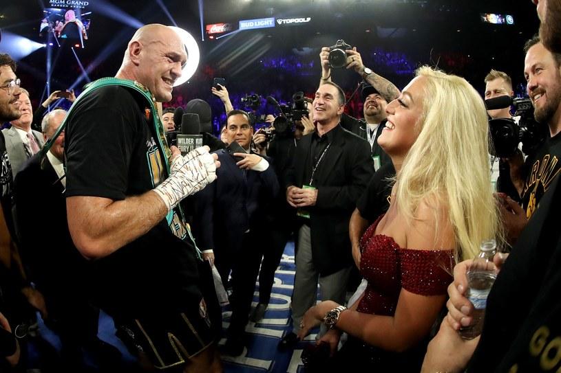Tyson Fury z żoną Paris /AFP