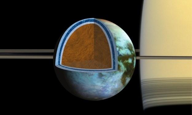 Tytan - zdjęcie ilustracyjne.  Fot. NASA/JPL/SSI/Univ. of Arizona/G. Mitri/University of Nantes /NASA