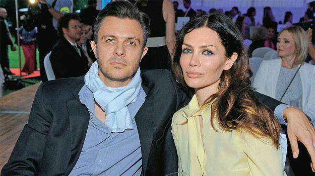 Tytuł serialu opisuje też ich związek. Marek i Ewa Bukowscy są ze sobą na dobre i na złe /Agencja W. Impact