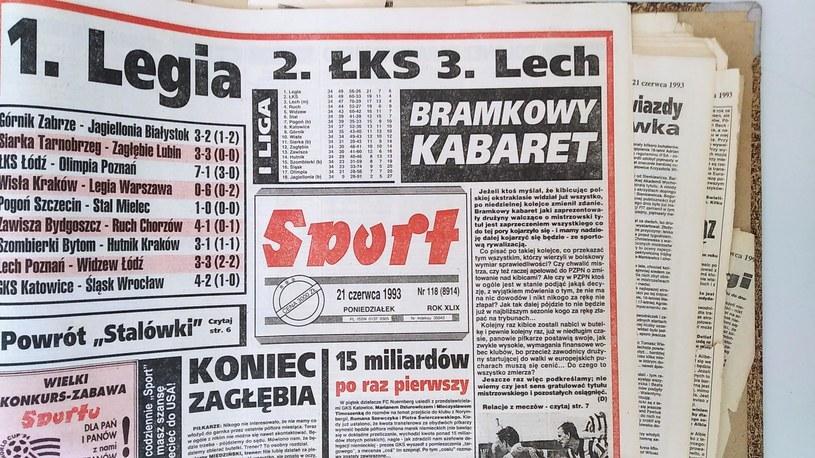 """Tytuł z katowickiego """"Sportu"""" po ostatniej kolejce sezonu 1992/93 /sport /"""
