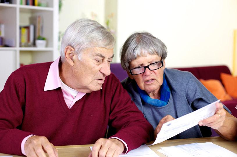 Tzw. czternaste świadczenie ma być wypłacane w listopadzie w wysokości minimalnej emerytury /123RF/PICSEL