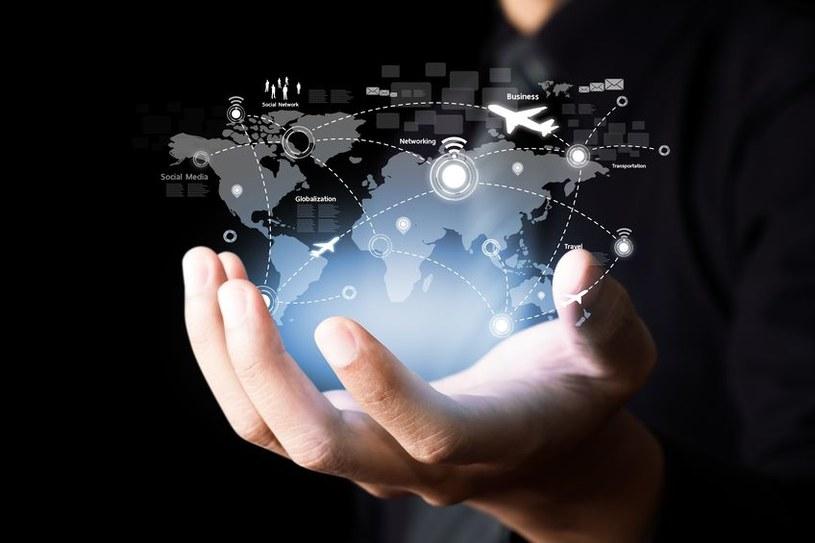 Tzw. internet rzeczy to nie tylko udogodnienia - w sieci narażeni jesteśmy na niebezpieczeństwa /123RF/PICSEL